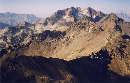 Du sommet de la Grande Fache, les picos del Infierno