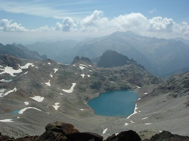 Du pic Royo, le massif Aneto-Maladeta et l'ibon de Lliterola