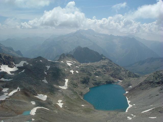 De la Pointe de Litérole, le massif Aneto-Maladeta et l'ibon de Lliterola