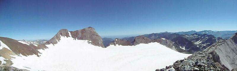 Du sommet du pic Central (3235 m), Clot de la Hount, Vignamale et glacier d`Ossoue