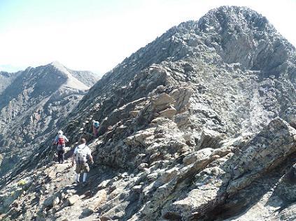 Progression vers le sommet du pic de la Munia