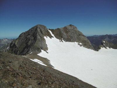 Du sommet du pic de Cerbillona (3247 m), Clot de la Hount, Vignemale et Piton Carré