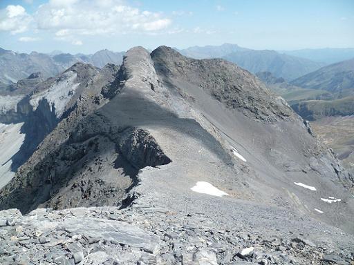 De la Petite Munia 3096 m, les pics de Serre Mourène et de Troumouse