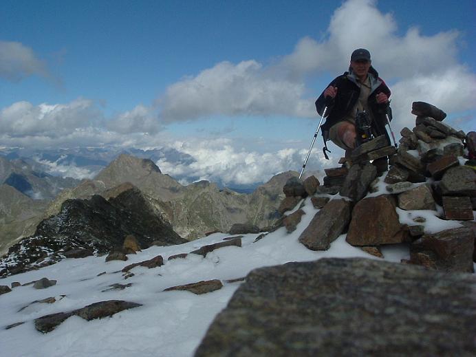 Du sommet du pic des Spijeoles, les pics Belloc et de Hourgade