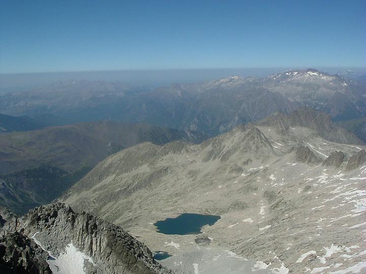 Du sommet du pic d Aneto, la vallée de Coronas