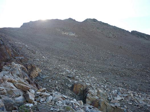 Remontée de la crête du pico del Puerto de la Pez