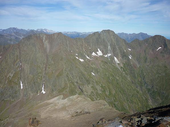 Du sommet du pico de la Pez 3024 m, Campbieil, pic Long, Néouvielle, Guerreys, Lustou et Parraouis