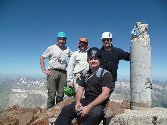 Sommet de la Pique Longue du Vignemale 3298 m