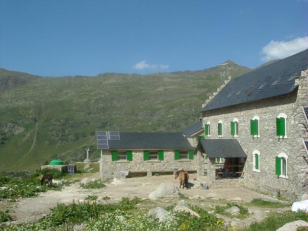 Passage au refugio de la Renclusa 2140 m