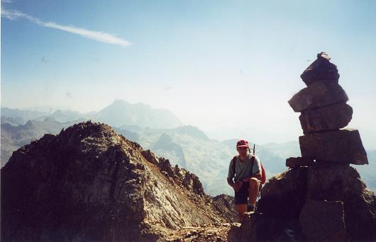 Du pico Central del Infierno, le pico Oriental et le Vignemale