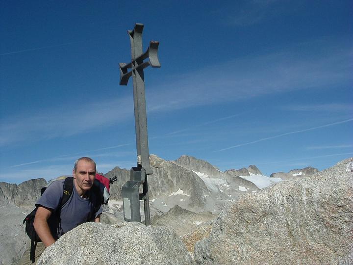 Du sommet du Tuc de Mulleres, le pico de Aneto toit des Pyrénées