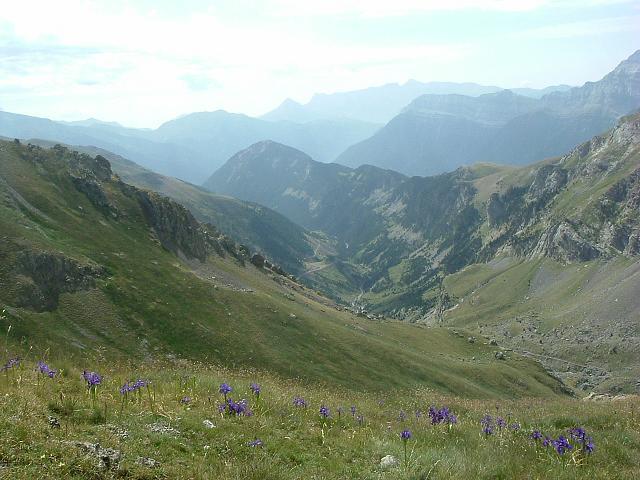 La vallée de Chisagues remontée pour aller vers la Robinera