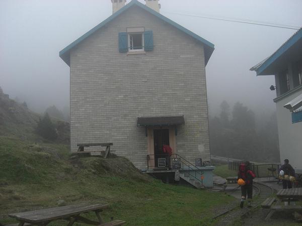 15 h passage au refuge de la Soula 1700 mètres