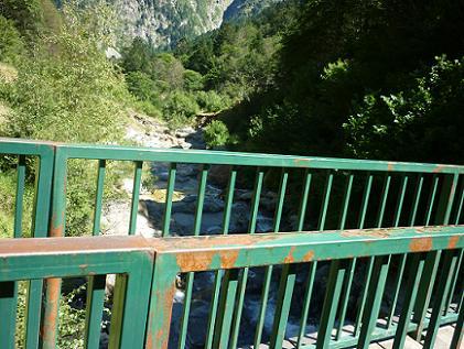 Repassage sur le Pont de Lespitau 1390 m qui enjambe la Neste de la Pez