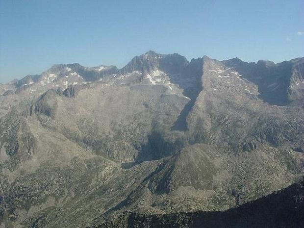 Du Ballibierna 3067 m, le pic d Aneto