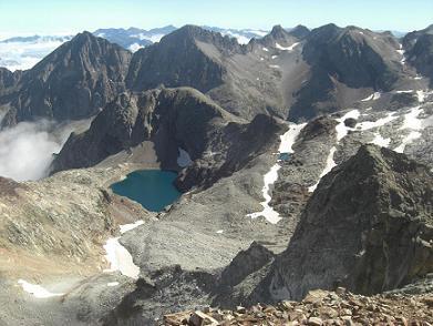 Du sommet du pic des Gourgs Blancs, Quayrat, Crabioules, lac Glacé ou lac du Port d`Oô et pic Jean Arlaud