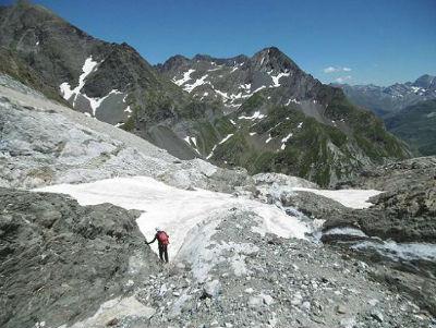 Retour au bas du glacier, vers les grottes Bellevue