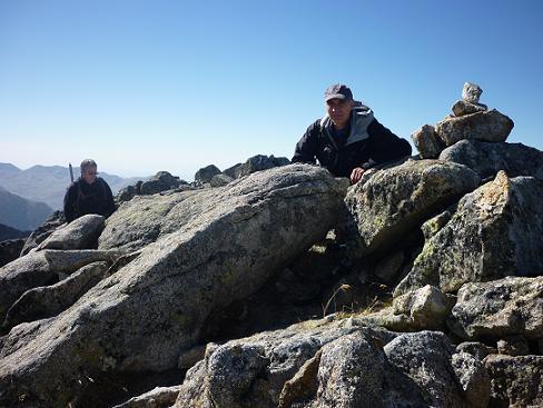 Arrivée au sommet du pic de Comalesbienes 2993 m