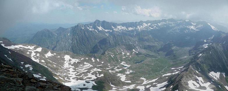 Du sommet de la Punta del Sabre (3136 m), pics de Hourgade, Gourdon, des Spijeoles et Gourgs Blancs