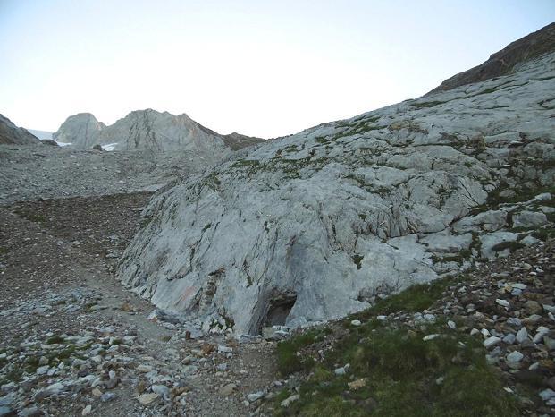 Arrivée aux grottes Bellevue (2450 m)