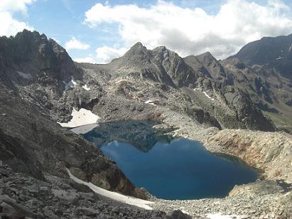 Descente vers le lac de Clarabide