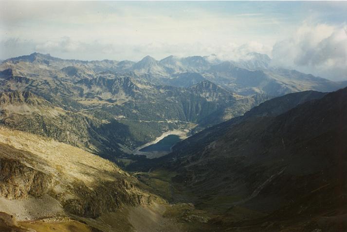 Du sommet du pic d Estaragne, le lac d Orédon et le vallon d Estaragne