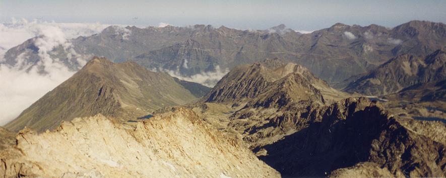 Panorama du sommet du pic de Néouvielle