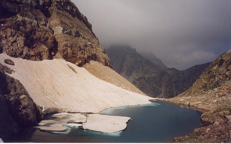 Passage au Gourg Helado 2404 m
