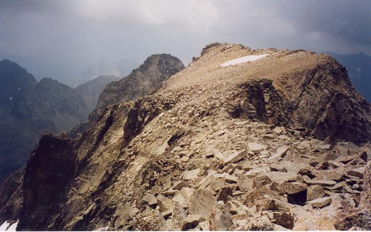 Du pico de la Frondella 3071m, le pico de la Frondella Central et le pico de la Frondella Occidental
