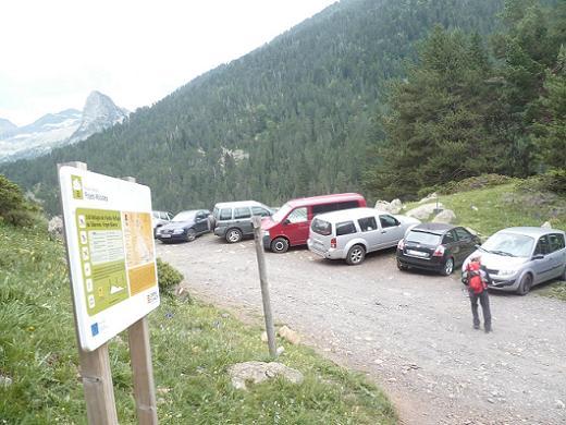 Retour à la voiture en bordure de la piste de Viados (1720 m)