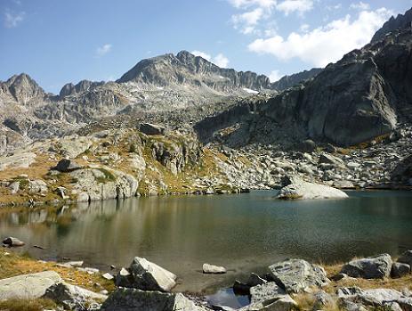 Contournement de l`Estany de la Roca 2390 m