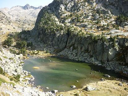 Le petit lac coté 2155 m
