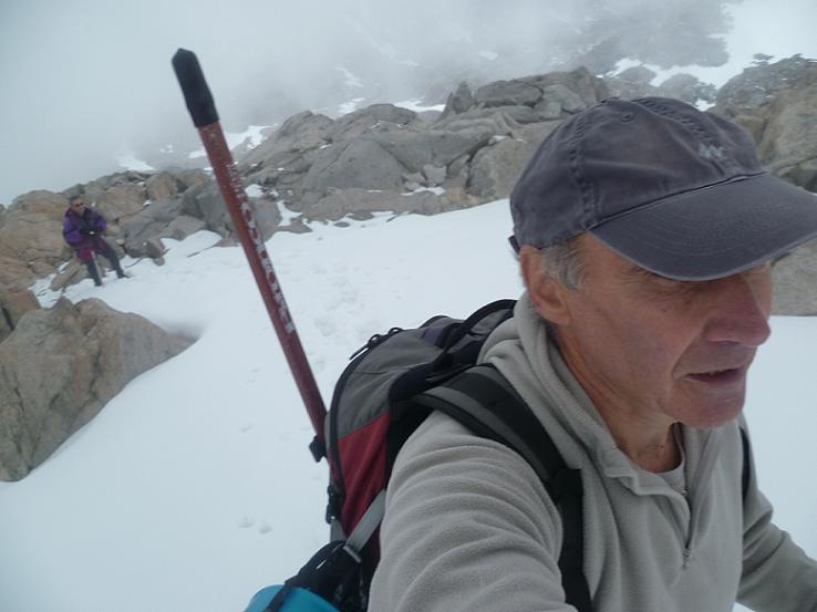 Remontée de la crête Est du pic Maubic, non loin du sommet