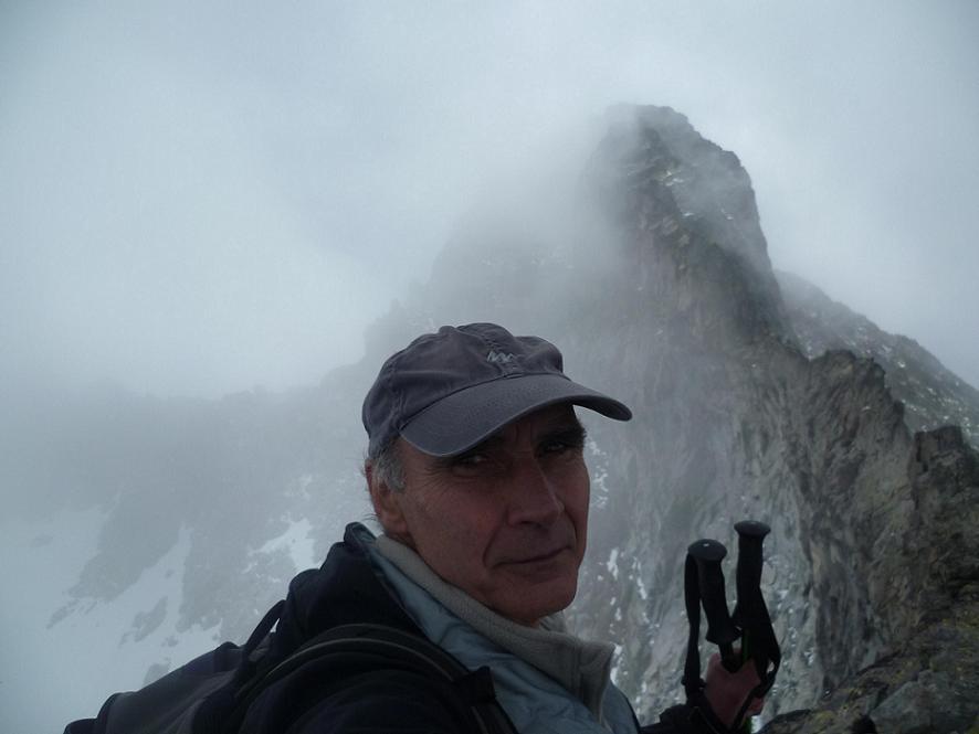 Après une pause restauration, il ne reste plus qu`à quitter le sommet du pic Maubic 3058 mètres, en laissant le pic Long dans le dos