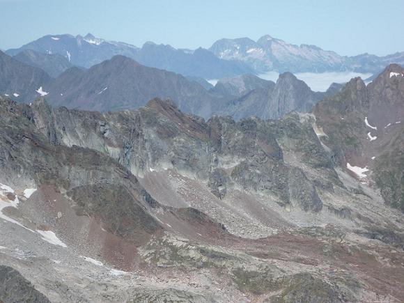 Du sommet du pic Lézat 3107 m, le massif pic Long Néouvielle