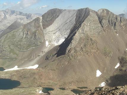 Du sommet du pico de Garmo Negro, les picos del Infierno